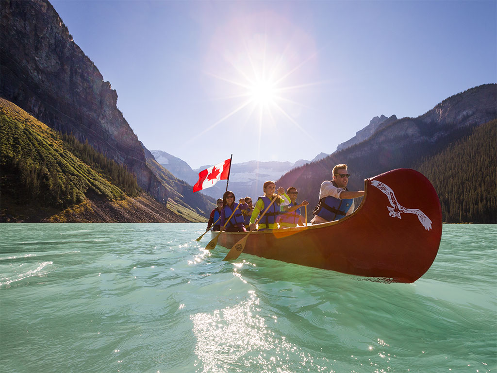 Explore Canada this summer and receive $500 in travel credits to support local communities