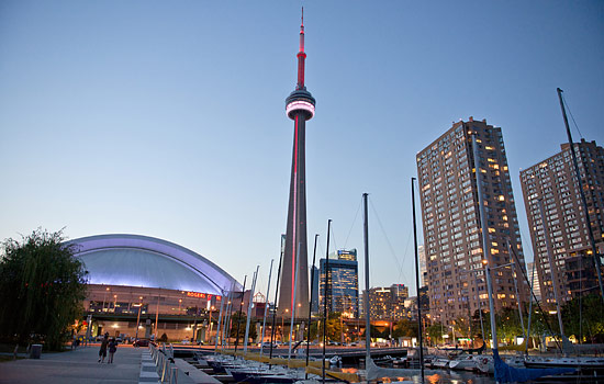 The Toronto skyline and the CN Tower, Ontario