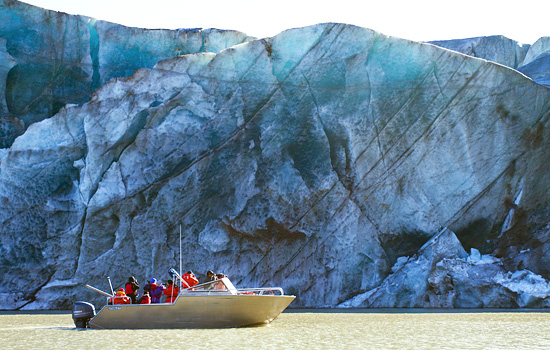 Family boat trip to Baffin Island