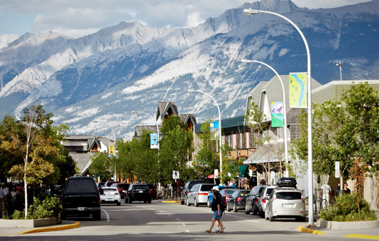 Arrive in the charming mountain town of Jasper and breathe in fresh mountain air.