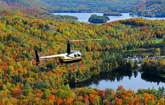 Helicopter tour over the Charlevoix Crater