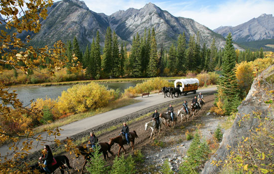 The Cowboy Cookout tour is a Fresh Tracks favourite, and perfect for families.