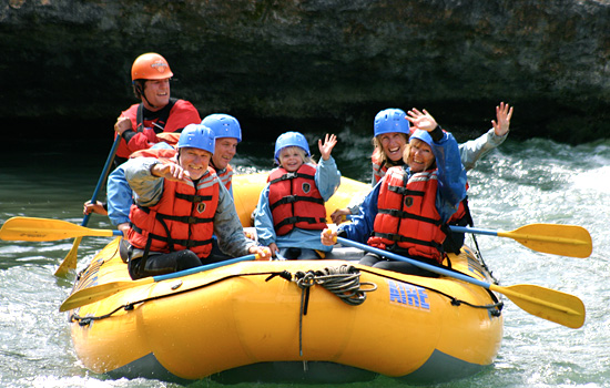 Choose from hand-picked family-friendly activities in Banff National Park.