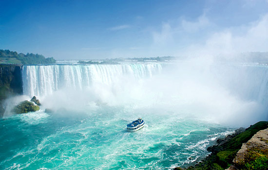 The Hornblower boat tour at Niagara Falls, Ontario
