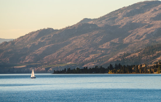 Sailing on Lake Okanagan